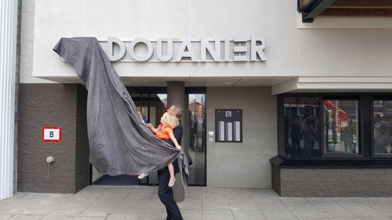Feestelijke Opening Van De Douanier